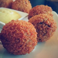Your Guide to the Best Dutch Foods in Amsterdam - 7 Best Things To Eat
