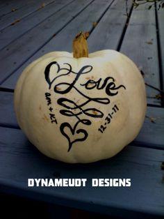 www.dynameudt.com custom painted pumpkins for your fall wedding