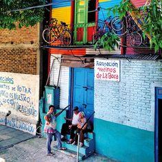 Vim para Buenos Aires sem saber bem o que esperar. Um destino há muito apenas na minha imaginação e repleto de alterações constantes e dificuldades económicas há já mais de uma década.