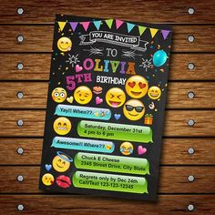 ideas for birthday party emoji Emoji Invitations, Invitation Fete, Birthday Party Invitations, Birthday Party Themes, Birthday Ideas, Party Emoji, 13th Birthday Parties, 11th Birthday, Birthday Emoji