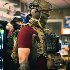Indian Army Special Forces, Airsoft Gear, Combat Gear, Plate Carrier, Tactical Vest, Special Ops, Military Guns, Modern Warfare, Navy Seals