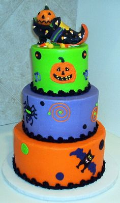 Halloween Birthday for Mariano by hotmamascakes CakesDecorcom