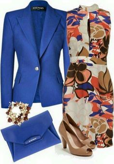 Chic office outfit with a dress Chic Office Outfit, Office Outfits, Work Outfits, Office Attire, Dress Outfits, Spring Outfits, Outfit Work, Stylish Office, Dresses Dresses
