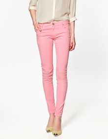 love the color of these jeans