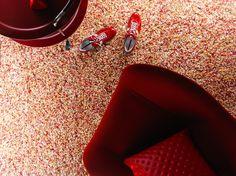 Vrolijk je interieur op met gekleurd tapijt