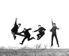 Ravageurs jump. | The Beatles by Dezo Hoffman