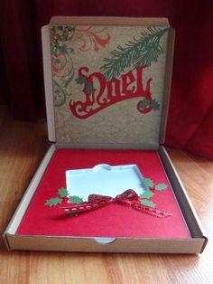 Une création de Gazoune pour le défi Bingo du crop-en-ligne Boitatou 2014. Bingo, Creations, Card Holder, Gift Wrapping, Make A Map, Gift, Cards, Gift Wrapping Paper, Wrapping Gifts