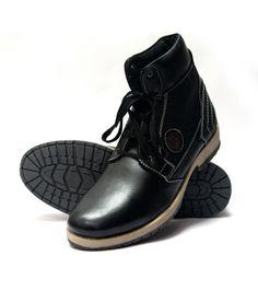 Black stride Boots  ₹ 2,849.00