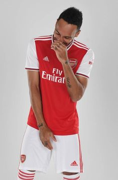 Arsenal Home Red Soccer Jersey Aubameyang Arsenal, Arsenal Players, Arsenal Football, Football Kits, Youth Soccer, Football Wallpaper, Team Uniforms, Fa Cup, Sports Stars