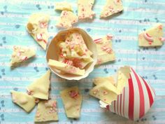 Easy Peppermint Bark recipe thank us later!