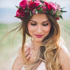 """FLOWER CROWNS! We cannot get enough of them and @jen_somethingturquoise shares her best tips on Something Turquoise. One of her top points: wear your hair down in a soft wavy style or opt for a side bun. If you decide to take off your gorgeous boho crown your hairstyle will still look just as gorgeous (and it will stay intact!). Search """"Wedding Hair Tips Flower Crowns"""" to find even more flower crown inspiration from Real Weddings! Photo by @kelseaholderphoto via @weddingchicks #DIYBride…"""