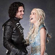 Jon Snow and Daenarys Stormborn from Game of Thrones