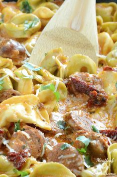 This delicious One Pan Creamy Chicken Sausage Tortellini is the perfect easy meal for busy weeknights, and it's ready in just 20 minutes! Sausage Tortellini, Sausage Spaghetti, Chicken Tortellini, Chicken Sausage Recipes, Italian Chicken Sausage, One Dish Dinners, Easy One Pot Meals, Pasta Dishes, Food Dishes