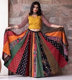 New Chaniya Choli & Blouse Designs for Navratri 2019 - LooksGud.in Multicolor kalidar Printed Chaniya Choli For Navratri Indian Gowns Dresses, Indian Fashion Dresses, Indian Designer Outfits, Indian Outfits, Garba Dress, Navratri Dress, Lehnga Dress, Chaniya Choli For Navratri, Choli Blouse Design
