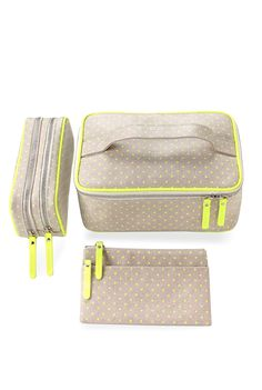 Linen Cosmetic Bag set - You can use the large one to place your emergency ensemble components inside of (roll to save space nad prevent wrinkles), and the medium sized to hold your cosmetics, and the small for miscellaneous items like your hand cream, lint brush, and lipstick.