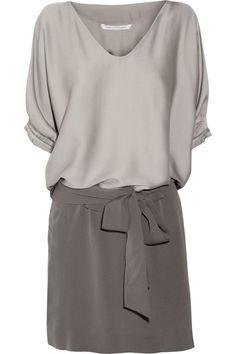 Edna stretch-silk satin and silk-crepe dress by Diane von Furstenberg - So easy and stylish. Fashion Mode, Work Fashion, Womens Fashion, Crepe Dress, Silk Crepe, Silk Satin, Looks Style, Style Me, Simple Style