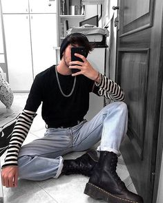 127 winter outfit street style for men trend Edgy Outfits, Mode Outfits, Fashion Outfits, Soft Grunge Outfits, Grunge Dress, Formal Outfits, School Outfits, Fashion Clothes, Fashion Ideas