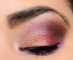 Sneak Peek: Urban Decay Heavy Metals Metallic Eyeshadow Palette Photos & Swatches