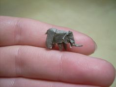 elephant nano origami by paper artist Anja Markiewicz http://www.flickr.com/photos/40474225@N04/sets/72157621474254089/with/4832164976/ #paper_art #crafts