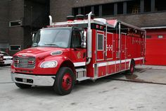 Squad Fire Trucks | Department Squad 1 http://karlsfirephotos.smugmug.com/FIRE-APPARATUS ...