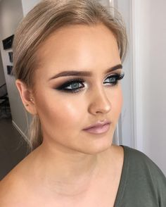 See this Instagram photo by @makeupby_aleashadeanne • 254 likes