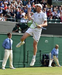 Novak Djokovic Loses to Sam Querrey in Third Round of Wimbledon - The New York Times