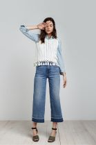 Women's jeans sales are showing signs of growth. Here, a look from Madewell.