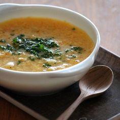 イタリア版のかきたまスープ、ミルファンティをヒントに。マカロニを入れて朝パスタにしました。