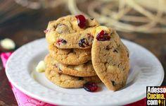 Ricetta Cookies ipocalorici al cioccolato bianco e mirtilli rossi. In Pasticcini e biscotti. Ingredienti per 10 cookies: 135 gr burro. 80 gr zucchero semolato. 80 gr zucchero di canna fino. 1 uovo. ½