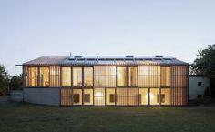 Bau der Woche: Überformung und energetische Sanierung eines 1960er-Jahre-Hauses