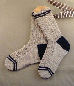 The Men's Twin Rib Knit Sock Pattern is a quick and easy knitted sock pattern you or any man in your life is sure to love. These nice and neutral socks feature a twisted rib cuff, contrasting slip stitch heel, and stripes on the cuff and toe. Crochet Socks, Knitted Slippers, Mens Slippers, Knitting Socks, How To Knit Socks, Slipper Socks, Knitting Stitches, Knitting Patterns Free, Free Knitting