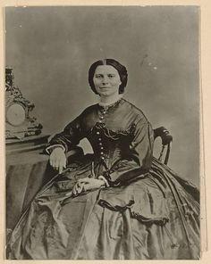 Clara Barton. [186?] Library of Congress Prints and Photographs Division.
