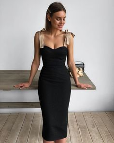 30 Beautiful and Modest Dresses for Elegant Ladies — Classy Outfit Ideas Elegant Dresses, Pretty Dresses, Beautiful Dresses, Formal Dresses, Modest Dresses, Classy Dress, Classy Outfits, Chic Outfits, Looks Chic