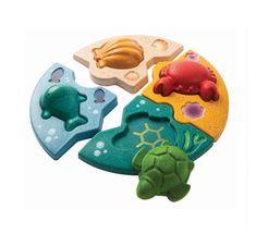 Plan Toys, Wale, Helping Children, Imaginative Play, Wood Toys, Worlds Of Fun, Fine Motor Skills, Marine Life, Baby Gear