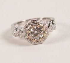0.86 CT, 18K WHITE GOLD DIAMOND RING