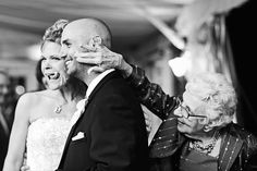 funny wedding photo by Lake Tahoe based wedding photographer Elisabeth Millay Photography   junebugweddings.com