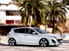 My newest baby: Mazda 3 Hatch in black <3