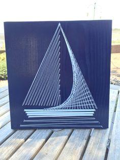String Art Boat von StringTheoryVan auf Etsy