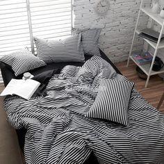 Trendy bedroom black and white stripes duvet covers 50 Ideas Black Duvet Cover, White Duvet Covers, Bedroom Black, Black Bedding, Linen Bedding, Bed Linens, Best Duvet Covers, Duvet Cover Sets, Bed Covers