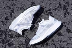 "NikeLab Zoom Fly SP が ""Triple White"" 仕様で再登場 e5c8e9ee7"