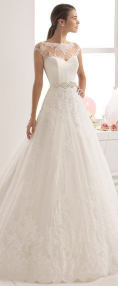 Fashionable Tulle Bateau Neckline A-Line Wedding Dress With Lace Appliques & Beadings