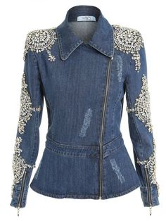 50 different ideas of denim jackets decor - Denim Jacket Outfit Jeans Petite, New Mode, Denim Fashion, Fashion Outfits, Look Jean, Mode Jeans, Denim Ideas, Recycle Jeans, Denim And Lace