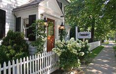 The 1770 House, East Hampton    Live a luscious life with LUSCIOUS: www.myLusciousLife.com
