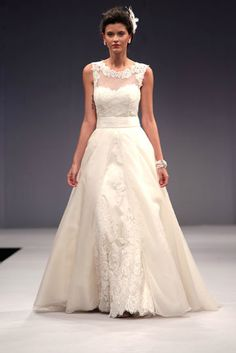 Anne Barge - illusion neckline with lace