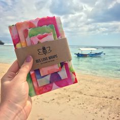 Bee Love Wraps have made it to Uluwatu, Bali! The post Bee Love Wraps haben es nach Uluwatu, Bali geschafft! & & Presentation appeared first on Reusable beeswax wraps . Healthy Foods To Eat, Healthy Life, Bali, Bees Wax Wraps, Beeswax Food Wrap, Flexibility Workout, Wrap Sandwiches, Food Storage, Card Holder