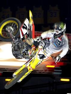 ricky carmichael - Google Search Off Road Racing, Fox Racing, Ricky Carmichael, Motocross Riders, Dirtbikes, Cars And Motorcycles, Offroad, Athletes, Goat