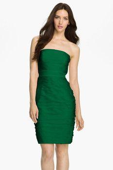 ML Monique Lhuillier Bridesmaids Ruched Strapless Cationic Chiffon Dress
