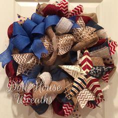 Patriotic wreath Burlap Crafts, Wreath Crafts, Diy Wreath, Burlap Wreath, Diy Crafts, Wreath Ideas, Wreath Making, Patriotic Crafts, Patriotic Wreath