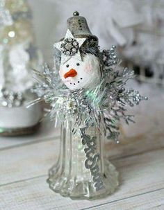 Crystal Shaker Snowman Silver Sparkle Assemblage Christmas Decor Winter Ice Let it Snow RESERVED for Amy Special Order as similar to the original listing as possible. Ready to ship within 7 business days after purchase. Snowman Crafts, Cute Snowman, Christmas Projects, Holiday Crafts, Snowmen, Christmas Ideas, All Things Christmas, Christmas Holidays, Christmas Decorations