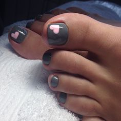 Easy toe nail art idea